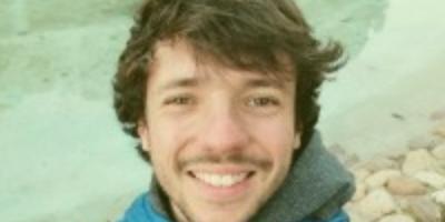 Guillem Figueras,  alumni de l'EEABB protagonista de l'anunci de Estrella Damm