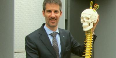 Lluís Chico, alumni de l'ETSEIB, millorar el tractament de les hernies discals