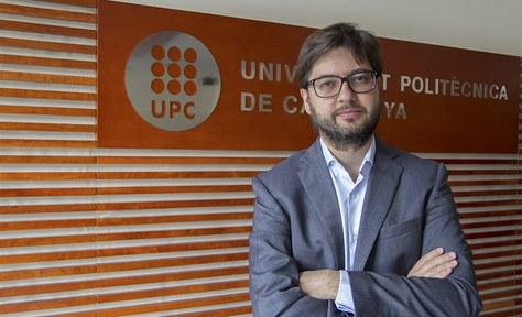 Carlos Cuffí, enginyer de telecomunicació